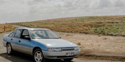 1990 Holden Calais review