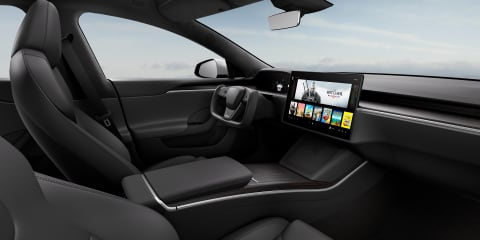 2022 Tesla Model S to offer two types of steering wheel: aircraft-style and conventional