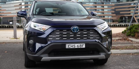 2020 Toyota RAV4 Cruiser Hybrid AWD review