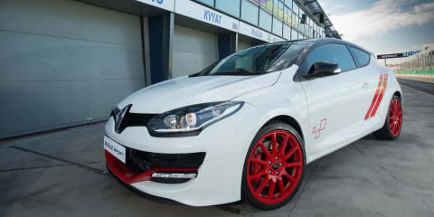 Renault Megane RS275 Trophy-R to set Albert Park F1 circuit production car lap record