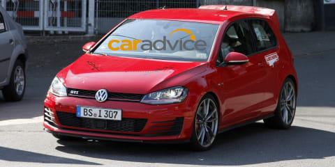 Volkswagen Golf :: mystery high-performance hatch spotted at the Nurburgring