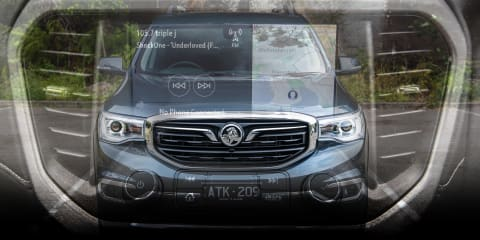 2019 Holden Acadia infotainment review