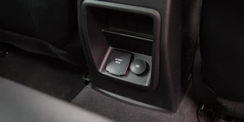 2019 Ford Ranger Raptor v Toyota LandCruiser 78 Series GXL comparison