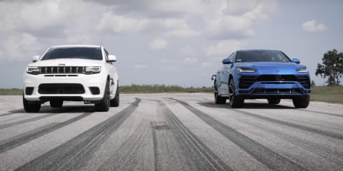 Lamborghini Urus vs Jeep Trackhawk: world's fastest SUVs drag race
