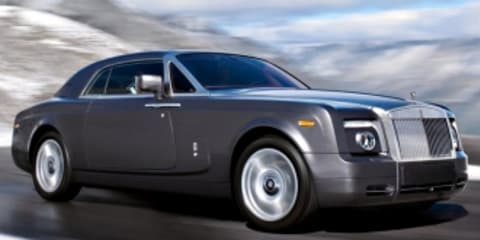 Rolls Royce Phantom Coupe Review (video)