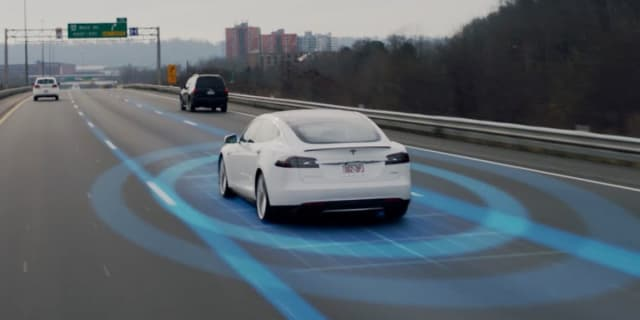 US senator demands Tesla rename Autopilot system