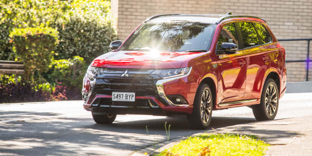 2021 Mitsubishi Outlander GSR PHEV review