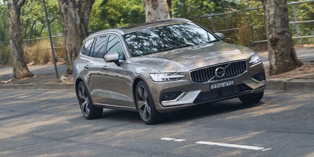 2020 Volvo V60 T5 Inscription review