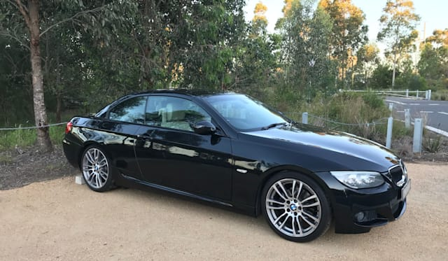 2011 BMW 320d Convertible review