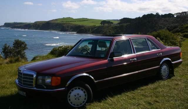 1989 Mercedes-Benz 560 SEL Review