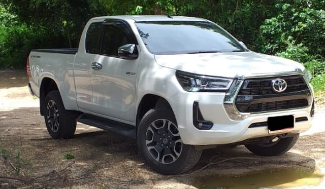 2020 Toyota HiLux SR5 Hi-rider review: The Thailand driver
