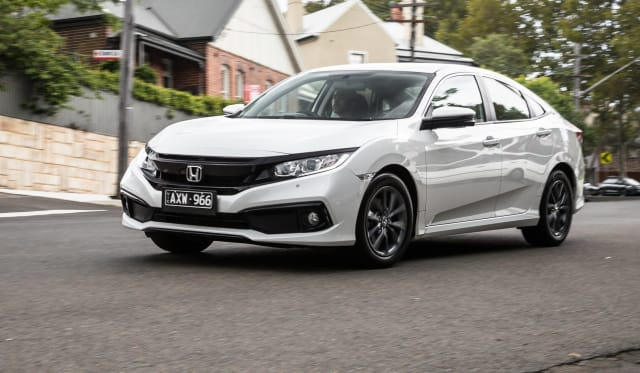 2020 Honda Civic VTi-S sedan review