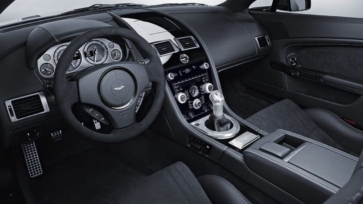 V12 Vantage Carbon Black 2