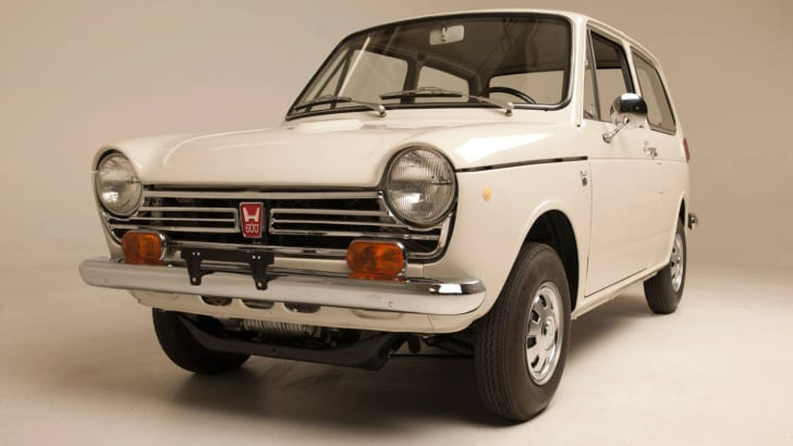 """Honda Reveals Fully Restored """"Serial One"""" as Painstaking Six"""