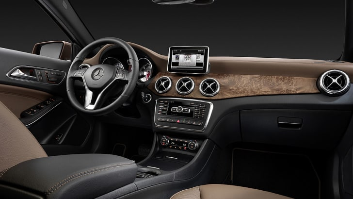 Mercedes-Benz GLA official leak 4