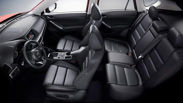 2015-Mazda-CX5-09