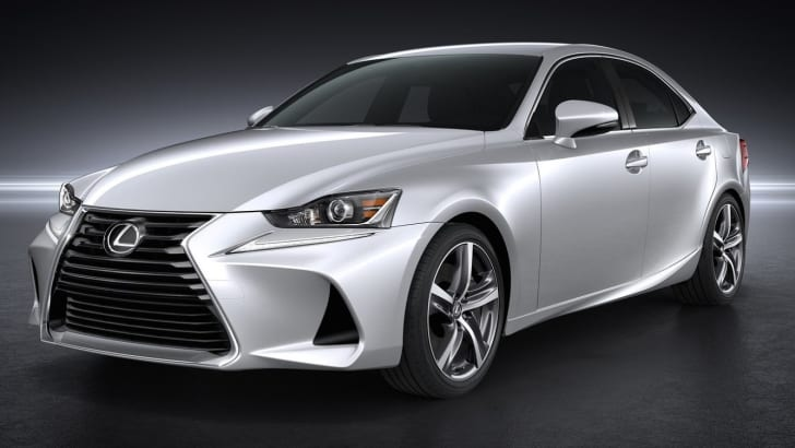2017 Lexus IS_2