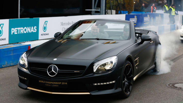mercedes-benz-sl63-amg-world-championship-2014-collectors-edition_100491742_h