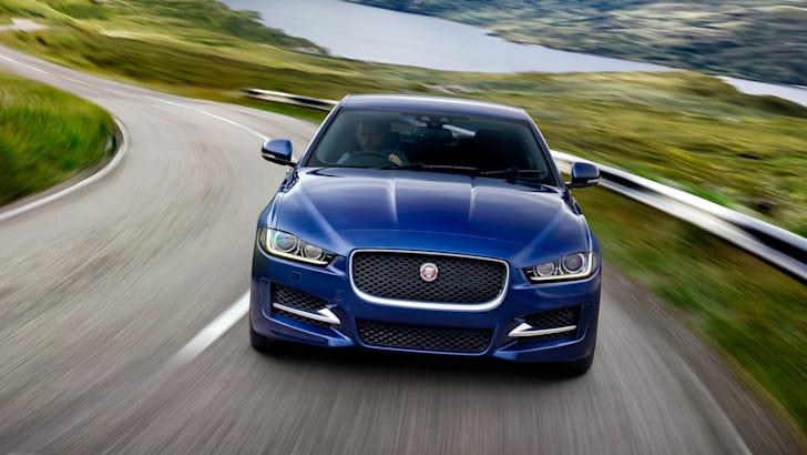 Jaguar-XE-R-Sport-1