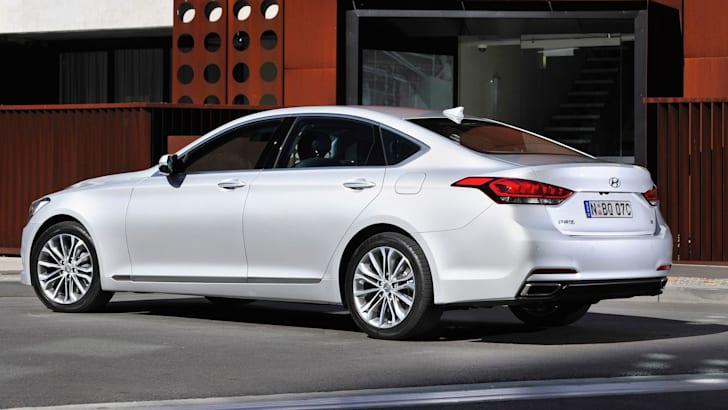 Hyundai Genesis-007