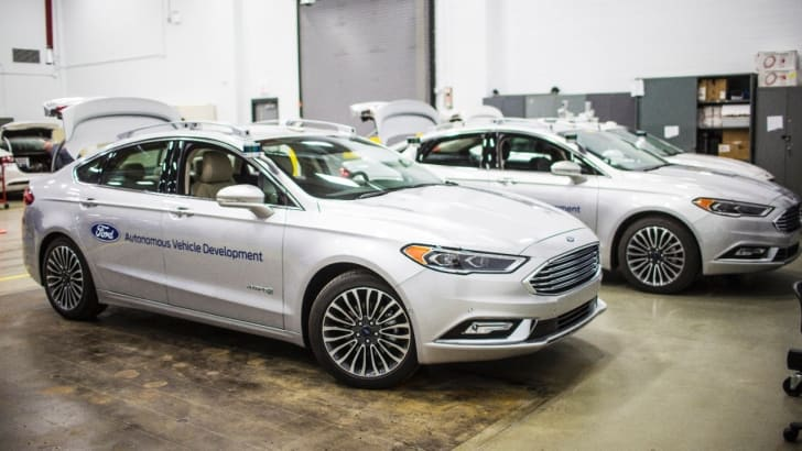 ford-fusion-hybrid-autonomous-vehicle_3