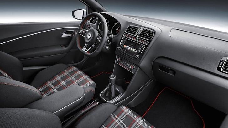 2015 Volkswagen Polo GTI_11