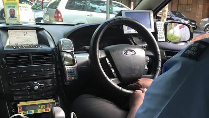 Taxi-Steering-Wheel