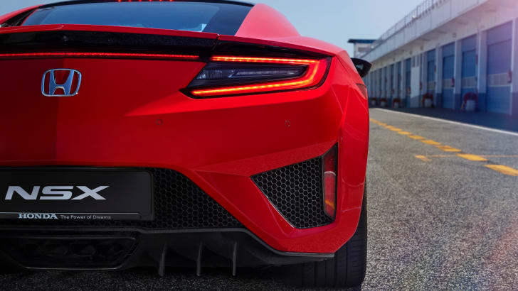 2017-Honda-NSX-Review - 14