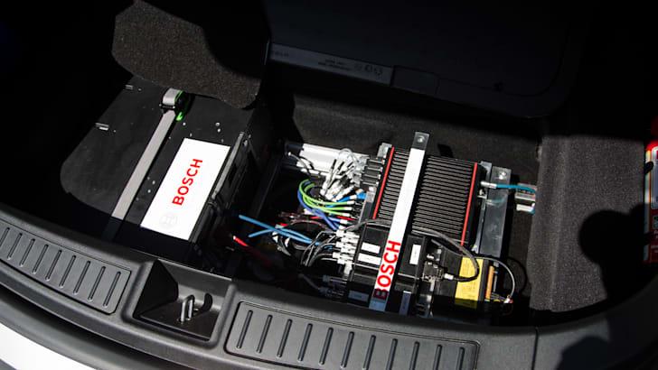 2017-bosch-autonomous-tesla-drive-its-22