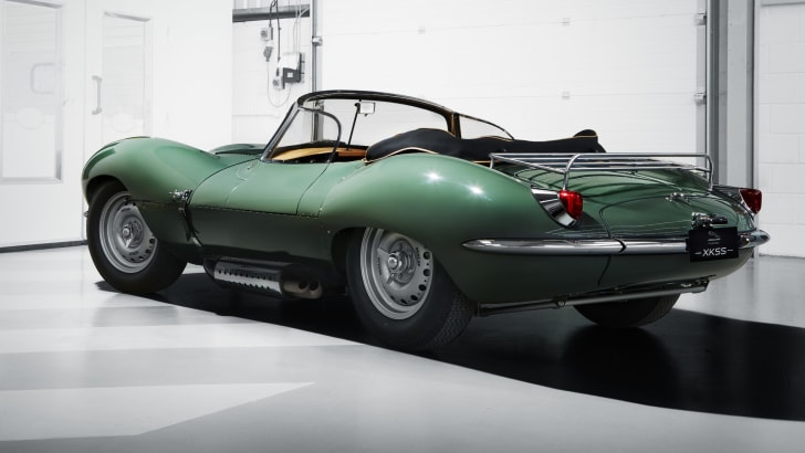 jaguar_xkss_restoration_04