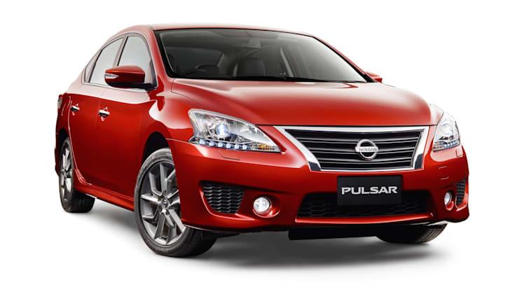 2015-nissan-pulsar-sss-sedan-1