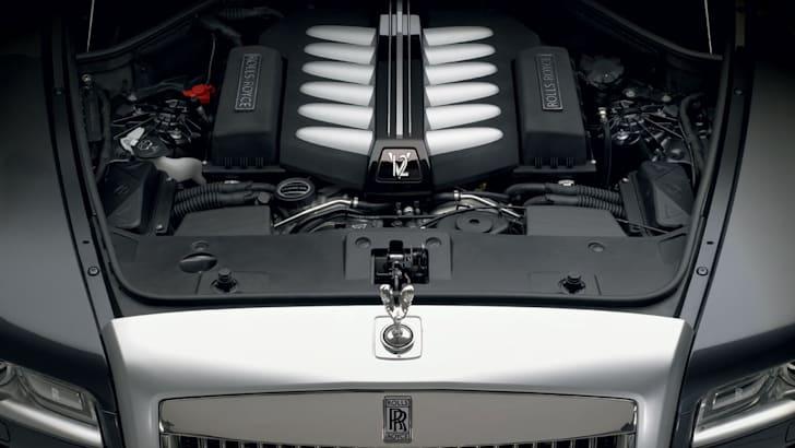 Rolls-Royce-Ghost-engine