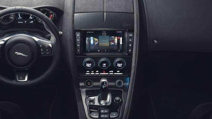 jaguar-f-type-dashboard