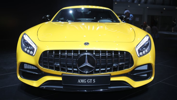 mercedes-amg-gt-s-front