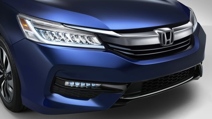 2017 Honda Accord Hybrid_8