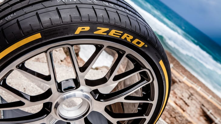 Pirelli-PZero-Dragon-Sport-Launch-43