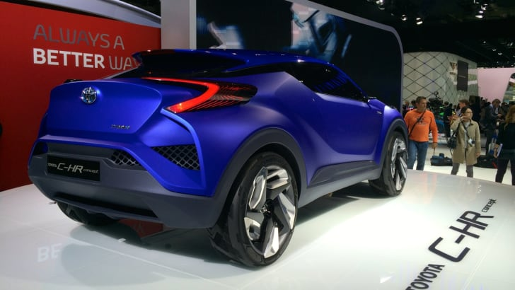 Toyota C-HR Paris_5
