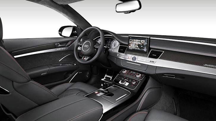 audi-s8-plus-interior