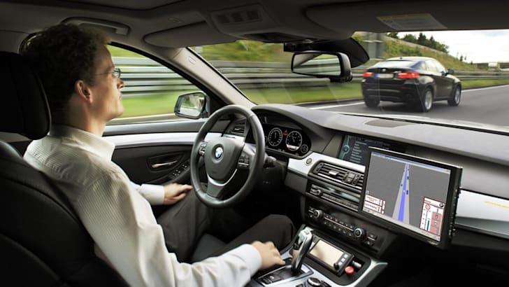 bmw_driverless_autonomous_01