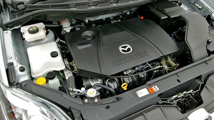 Mazda_L3-VE_Engine_001