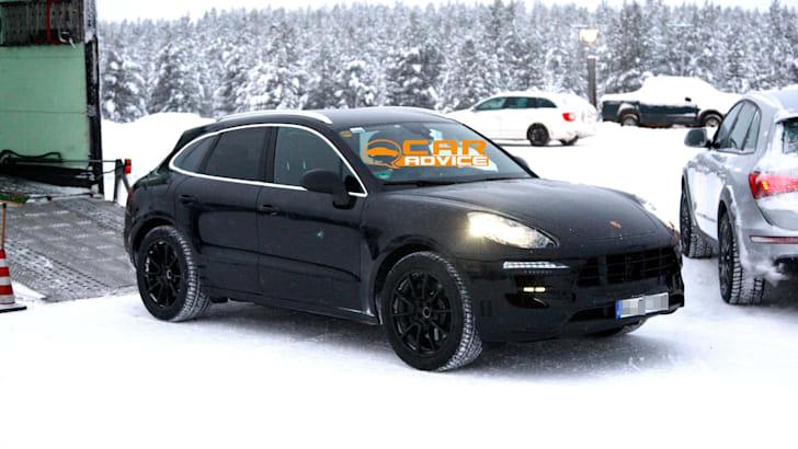 Porsche-Macan-Spied-2