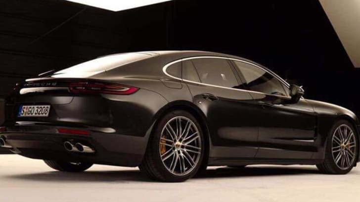 porsche-panamera-turbo-leak-rear