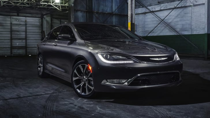 Chrysler 200 front side