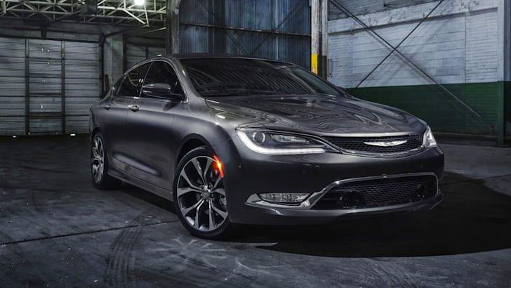 Chrysler 200 front side