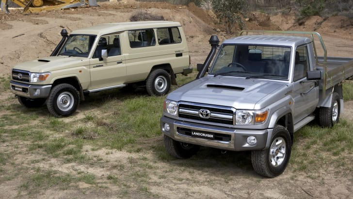 Toyota LandCruiser 70 Series - Troop Carrier and Cab Chassis