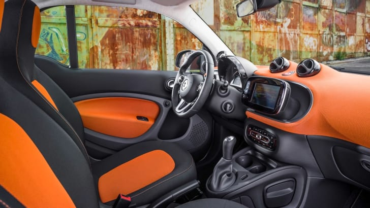 2015-Smart-ForTwo-ForFour-9