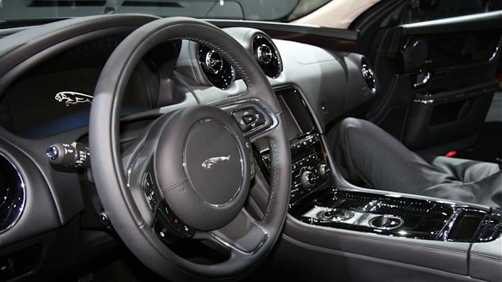 XJ steering wheel