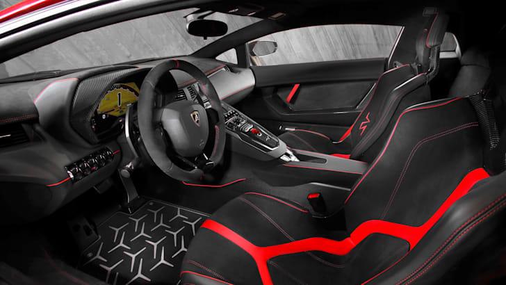 Lamborghini Aventador LP 750-4 Superveloce_Interior[3]