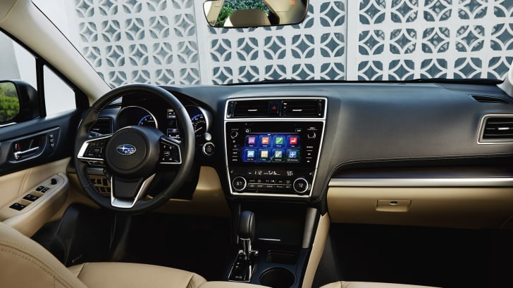 subaru-liberty-facelift-interior