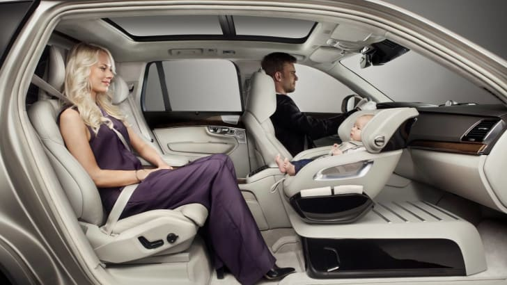 volvo_xc90_excellence_01_child-seat_02
